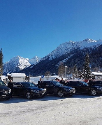 Team of chauffeurs and cars in Davos