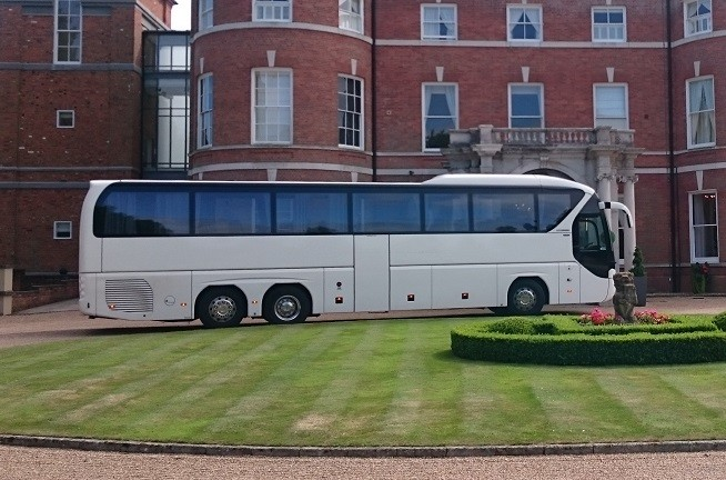 Luxury Minibus Hire Liverpool Van Marle